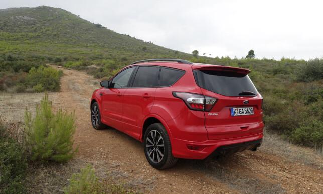 EFFEKTIV: Vi har god erfaring med Fords firehjulsdriftssystem på Kuga. Foto: Knut Moberg