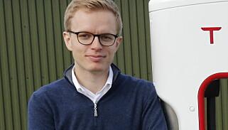 - INGEN KOMMENTAR: Kommunikasjonssjef Even Sandvold Roland i Tesla Norge vil ikke uttale seg om Tesla Model Y-ryktene. Foto: Tesla Norge