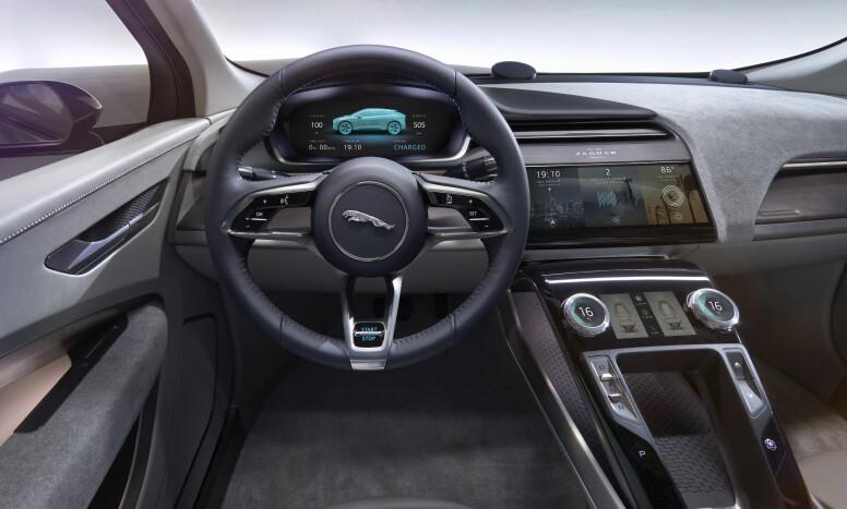 TROVERDIG: Interiøret ser ikke ut som et typisk konseptbilinteriør - man aner at produksjonsbilen ikke er veldig langt unna. Foto: Jaguar