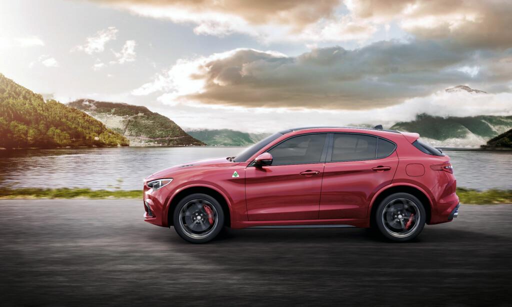 BMW-KONKURRENT: Alfa Romeo Stelvio vil for noen kunne fremstå som et litt mer emosjonelt ladet alternativ til for eksempel BMW X3 eller Mercedes-Benz GLC - for ikke å nevne helt nye Audi Q5, som er på trappene. Foto: Alfa Romeo