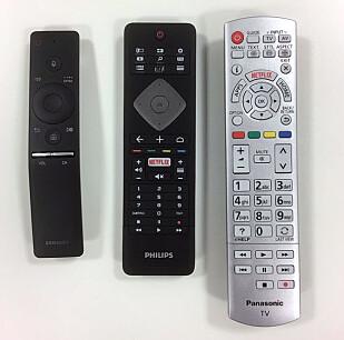VIDT FORSKJELLIG: Er du glad i knapper, vil helt sikkert Panasonic sin fjernkontroll falle i smak. Foto: Bjørn Eirik Loftås