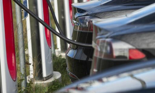 image: Ikke lenger gratis å superlade nye Tesla