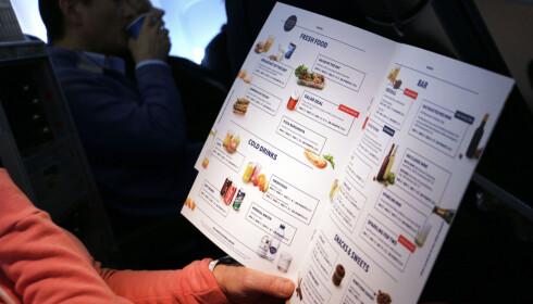 <strong>FLYMAT HOS SAS:</strong> Utvalget av matretter er begrenset. Vil du ha noe annet, må du bestille på forhånd. Foto: Ole Petter Baugerød Stokke