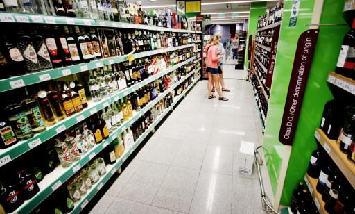 HER FÅR DU MEST FOR PENGENE: Det er mye å spare å å kjøpe kvoten på butikken på reisemålet, i stedet for på taxfreebutikken ved hjemkomst. Foto: Ole Petter Baugerød Stokke