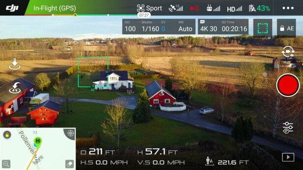 APPEN: Slik ser appen ut når dronen er i lufta. Merk at du selv kan trykke på skjermen for å fokusere på det punktet. Foto: Pål Joakim Pollen