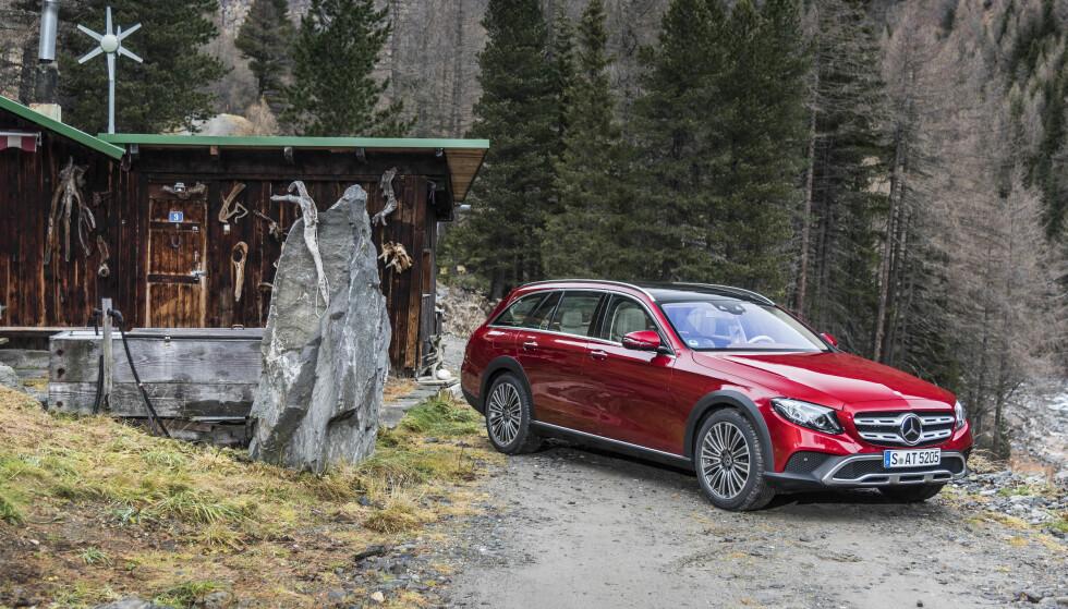 FREMKOMMELIGHET: Den nye E-Klasse All-Terrain får deg frem overalt. En perfekt bil for norske forhold. Foto: Mercedes-Benz