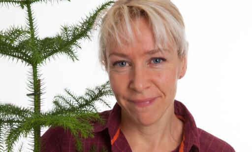 PLANTEEKSPERT: Kari Brekke ved Mester Grønn. Foto: Mester Grønn.