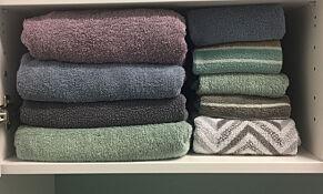 image: Brett håndklærne med hotell-metoden
