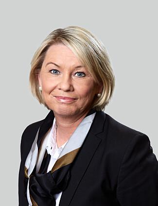 LENGRE NYTTÅRSFEIRING: Næringsminister Monica Mæland er også tidsminister - med ansvar for å varsle om justeringer som har med tiden å gjøre, som skuddsekund, sommertid og vintertid. Foto: Nærings- og fiskeridepartementet