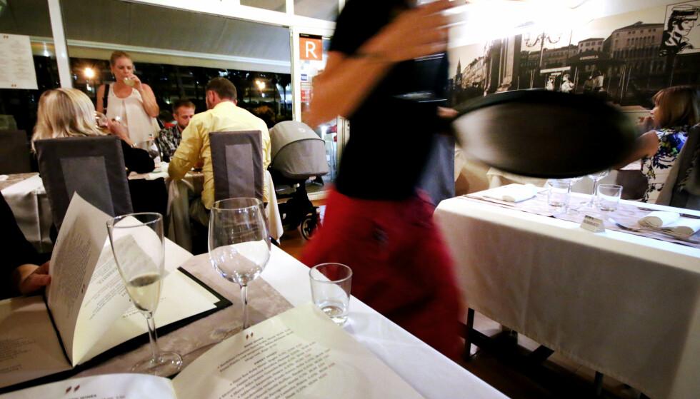HVOR BØR DU SPISE I PUERTO RICO? Mange tyr til TripAdvisor når de skal finne er sted å spise på ukjente plasser. Derfor har vi testet de to restaurantene som ligger på topp som de beste restaurantene i Puerto Rico på Gran Canaria. Foto: Ole Petter Baugerød Stokke