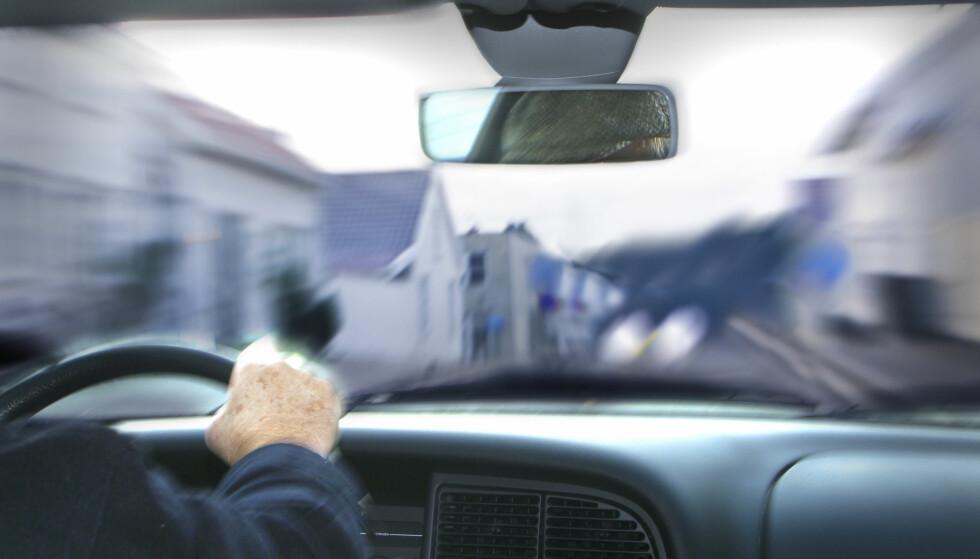 IKKE SÅ UVANLIG: Ifølge en fersk undersøkelse er det nesten så mange som 126.000 i Norge som har kjørt i alkoholpåvirket tilstand, det siste året. Foto: NTB/Scanpix