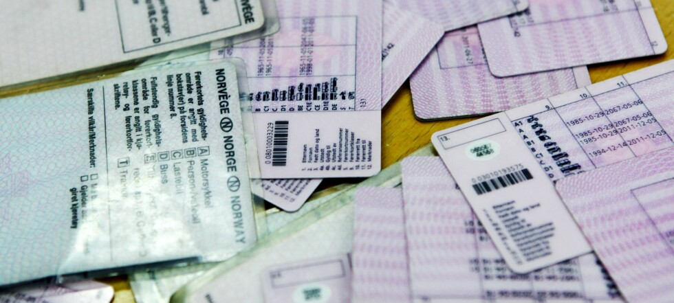 Tusenvis av førerkort er ugyldige