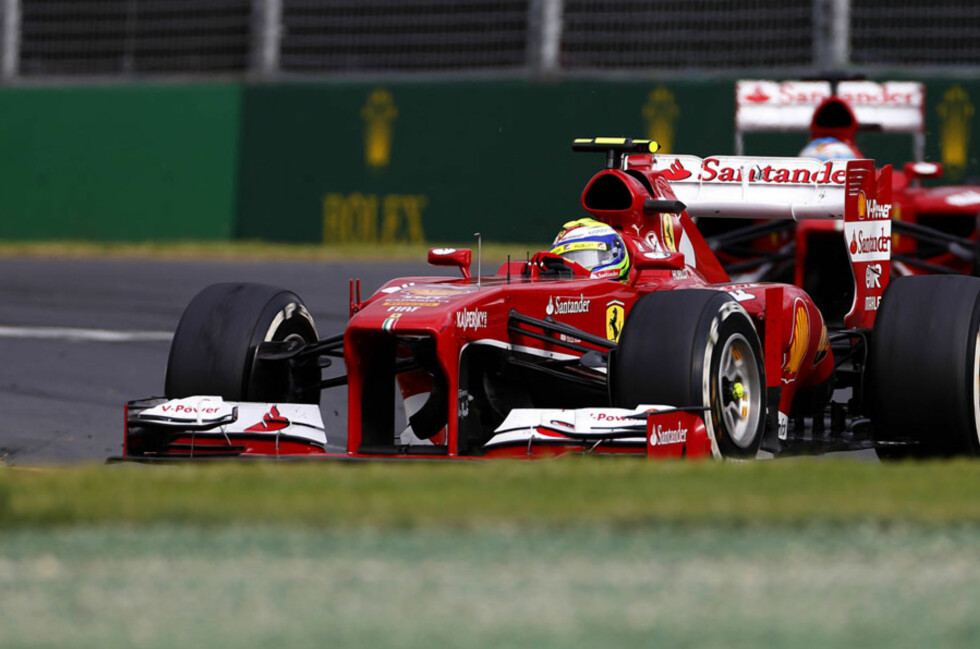 Albert Park, Melbourne, Australia. 17th March 2013.Felipe Massa (Ferrari F138) leads Fernando Alonso (Ferrari F138).Photo: Lorenzo Bellanca/Ferrari. ref: _00P7919 Foto: Ferrari