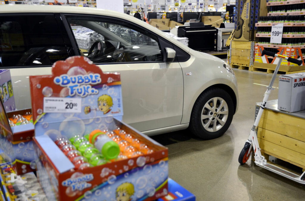 Bubble... Volkswagen Boble... Fun... Skoda Citigo... Finn på link selv. Foto: Stein Inge Stølen