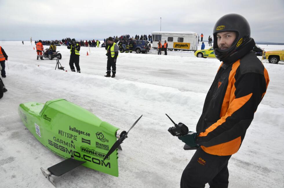 Johan Gustavsson presset sin propelldrevne el-kjelke til det ytterste og noterte en toppfart på 154 km/t. Foto: Stein Inge Stølen