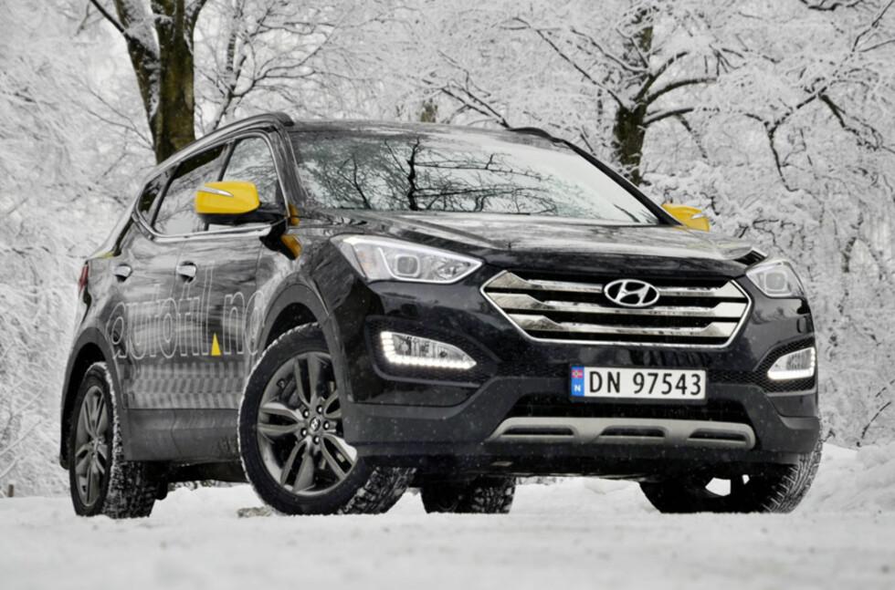 Det har skjedd mye positivt på designfronten hos Hyundai. Santa Fe har et tøft utseende med harmoniske linjer. Foto: Stein Inge Stølen