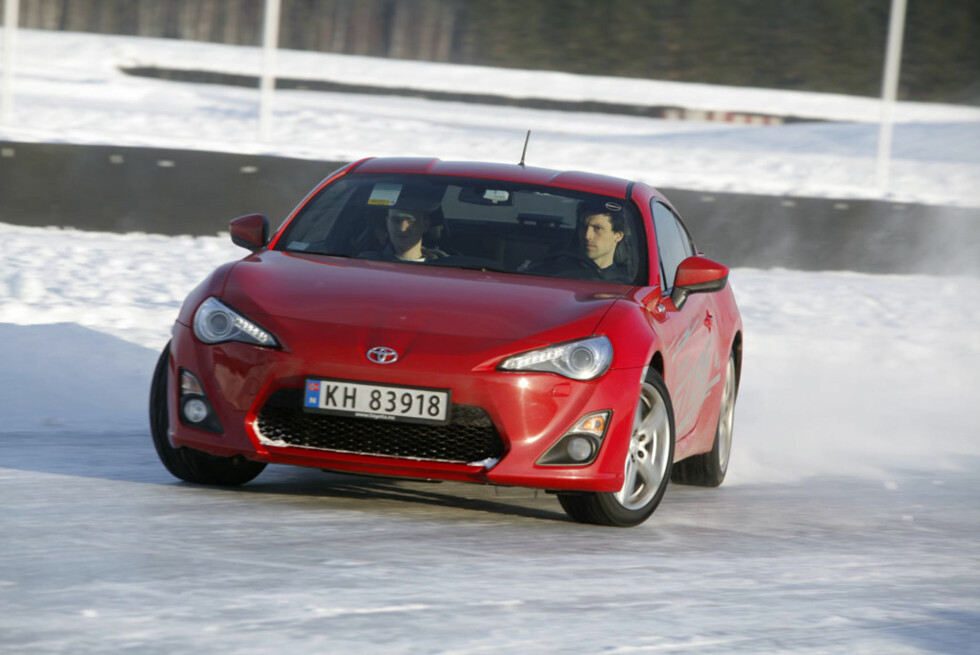 Er GT86 morsom på vinterføre? Jepp. Så til de grader! Foto: Espen Stensrud