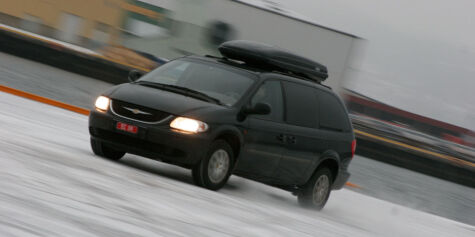 image: Chrysler Grand Voyager (2001)