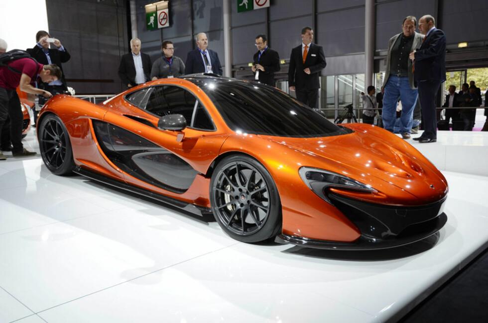 Designet på konseptbilen er typisk McLaren. Mange hadde kanskje håpet på noe enda mer spektakulært, men grunnlegger Ron Dennis vil aldri bytte aerodynamikk og effektivitet mot utseende og design. Foto: Stein Inge Stølen