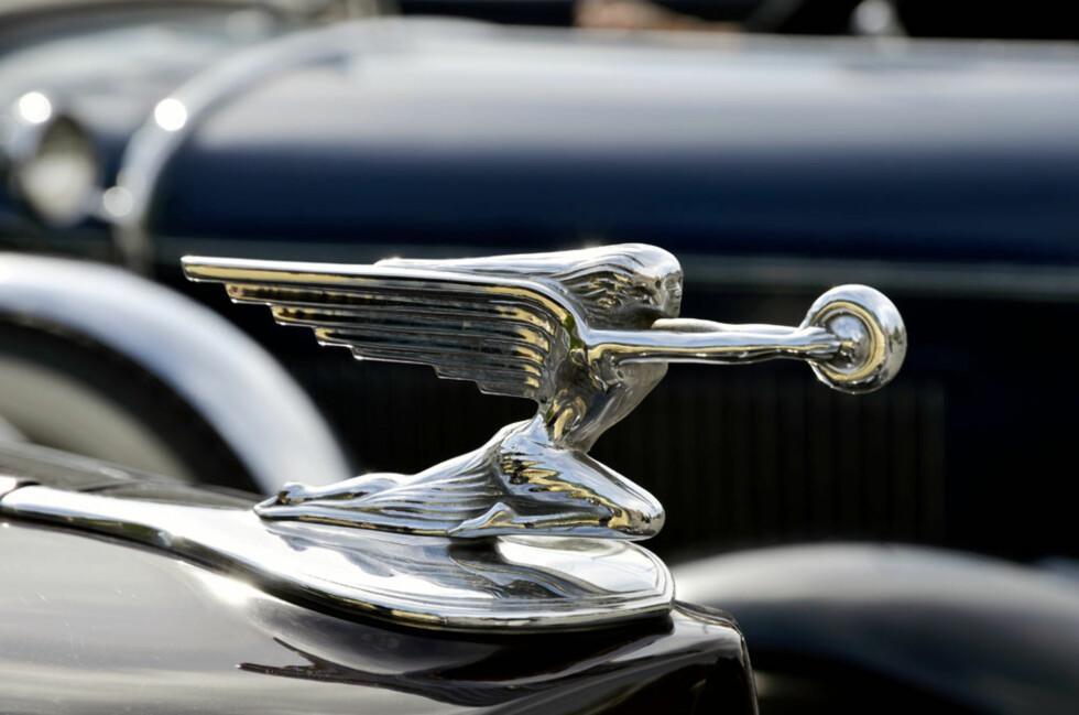 Full fart framover for både figuren og bilen, en 1937-modell Packard Convertible Coupé eid av Hans og Thomas Falkenberg. Foto: Stein Inge Stølen