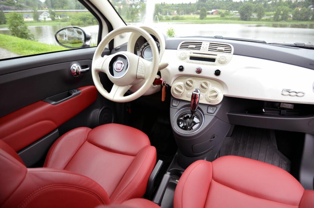 Det er på innsiden Fiat 500 virkelig skinner. Foto: Stein Inge Stølen