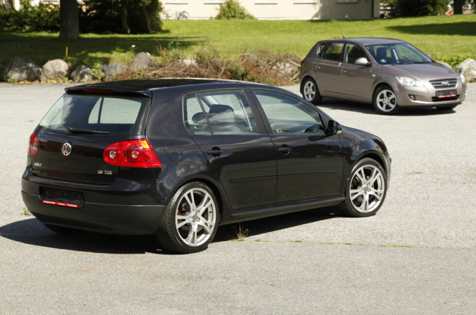 Volkswagen Golf eller Kia Cee'd: Gli inn i mengden eller prøve noe nytt? Foto: Knut Arne Marcussen