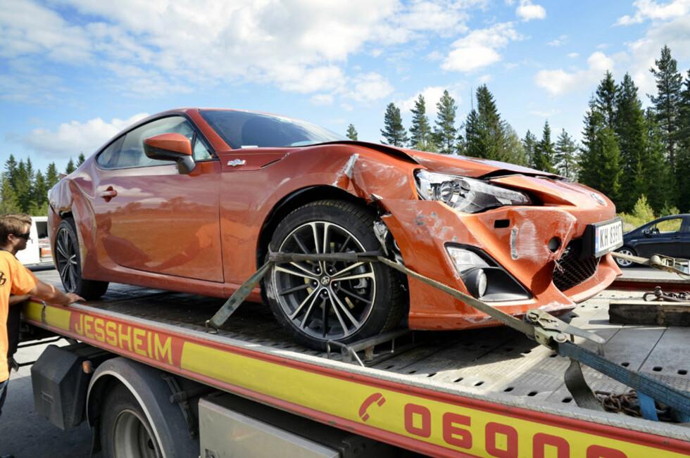 Slik gikk det da et knippe motorjournalister fikk slippe løs på banen. Foto: Stein Inge Stølen