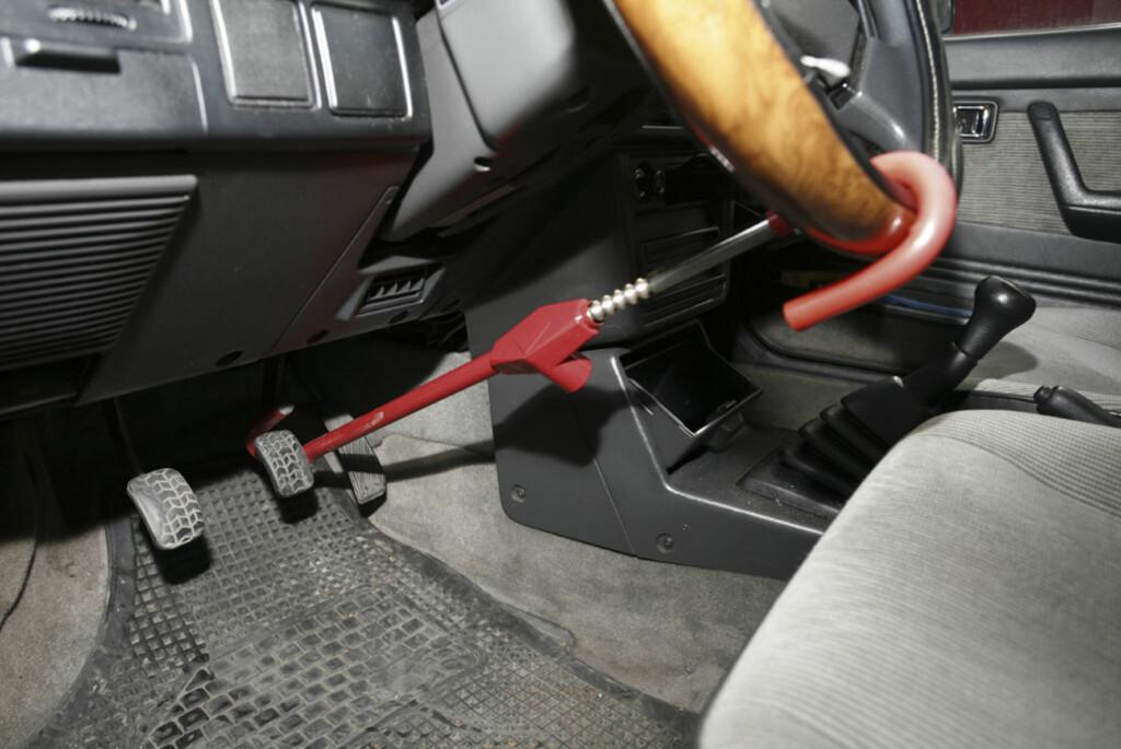 Rattlås er et effektivt botemiddel for å unngå at bilen forsvinner. Det hjalp dessverre ikke stort i Kenneths tilfelle. Foto: Autofil