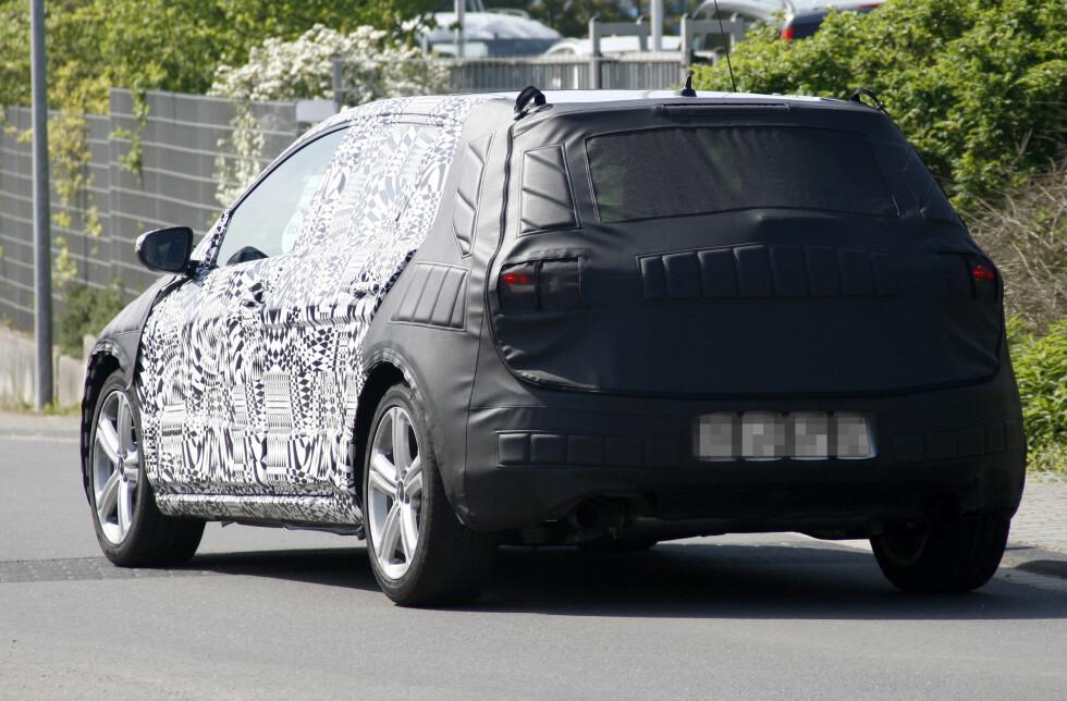 Sjuende generasjon Volkswagen Golf vil bli noe større enn forgjengeren og ha skarpere linjer i designet. Foto: Lehmann Photo Syndication