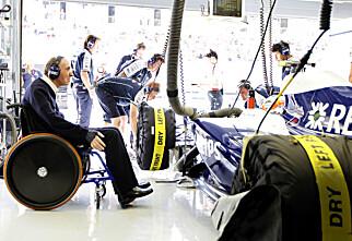 Styrer Williams-teamet fra rullestolen