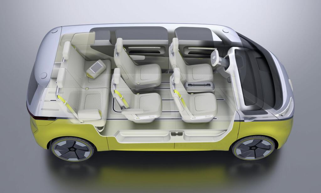 HER SOM SYVSETER: Med maksimalt plass til åtte, er interiøret fullstendig modulerbart - dette er bare ett av eksemplene på setekonfigurasjon. Foto: Volkswagen