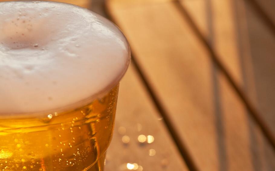 ØL-TIPS: Visste du at mørkt øl skal ha en langt høyere temperatur, enn pils? Foto: NTB Scanpix