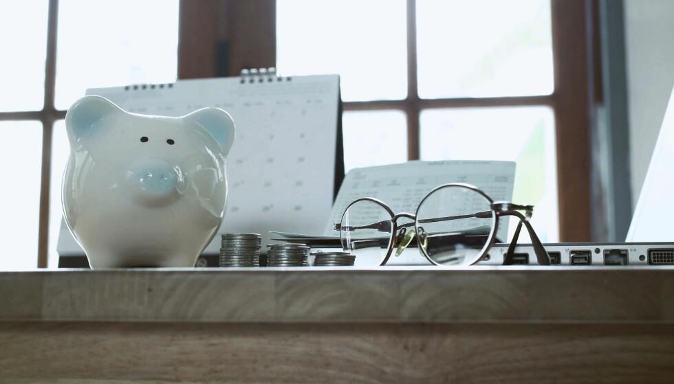<strong>PENSJONSSPARING:</strong> - Enkelte mener at 10 prosent av inntekten er et godt pensjonssparemål, uansett hvor man er i livet. Pensjonsøkonom ved Storebrand Livsforsikring, Knut Dyre Haug, mener at det kan være en grei pekepinn. Foto: NTB Scanpix.