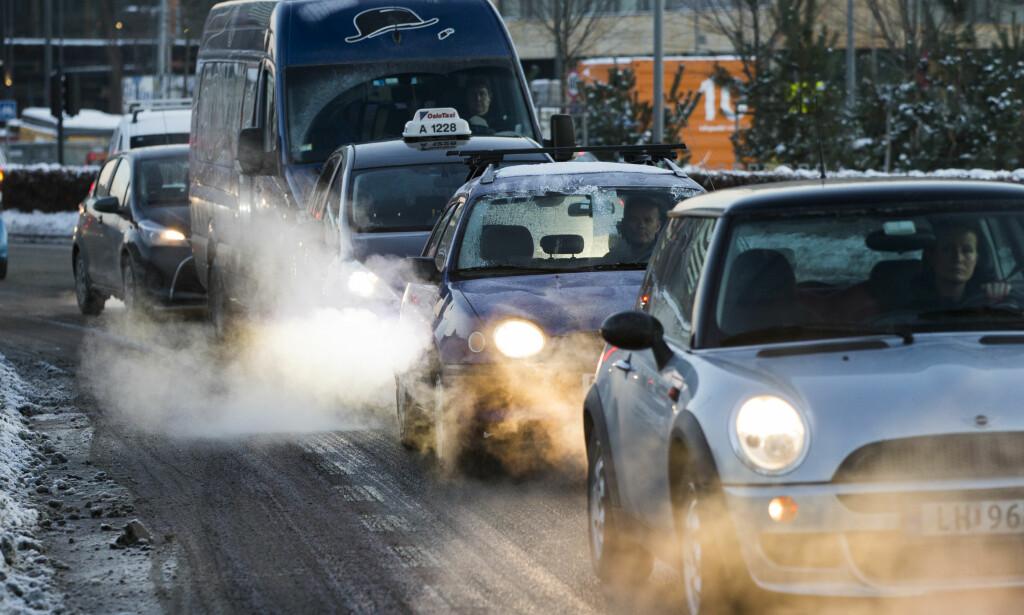 BOM STOPP: Oslo innfører forbud som gjør at dieselbileierne får svi. Spørsmålet alle stiller seg er hva effekten er. Foto: Berit Roald / NTB Scanpix