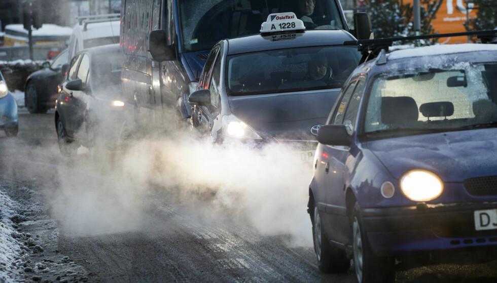 NULL UTSLIPP? Målsetningen er at alle nye biler i 2025 skal ha null utslipp. Foto: NTB Scanpix