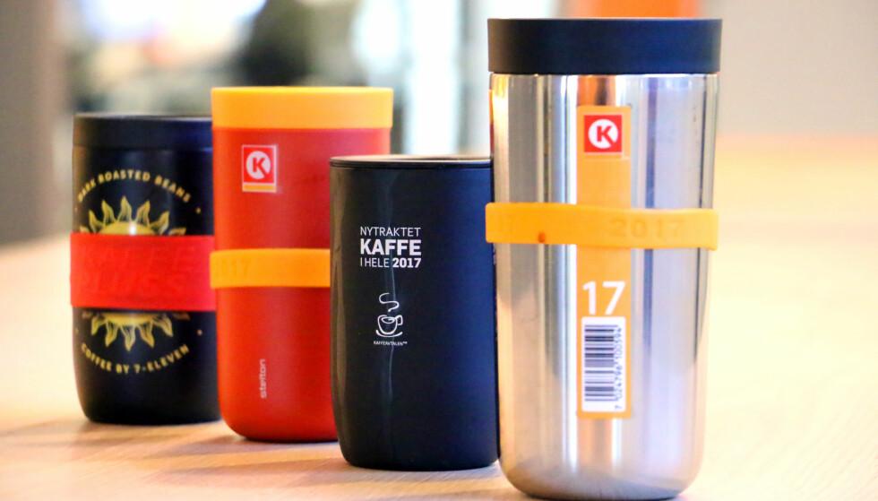 HVA ER DEN BESTE KAFFEAVTALEKOPPEN? Hvilke kopper holder best på varmen og er tette? Hvilke kan du fylle på flest steder? Og hva er det egentlig du får lov til å fylle med? Vi kårer den beste kaffeavtalen! Foto: Ole Petter Baugerød Stokke