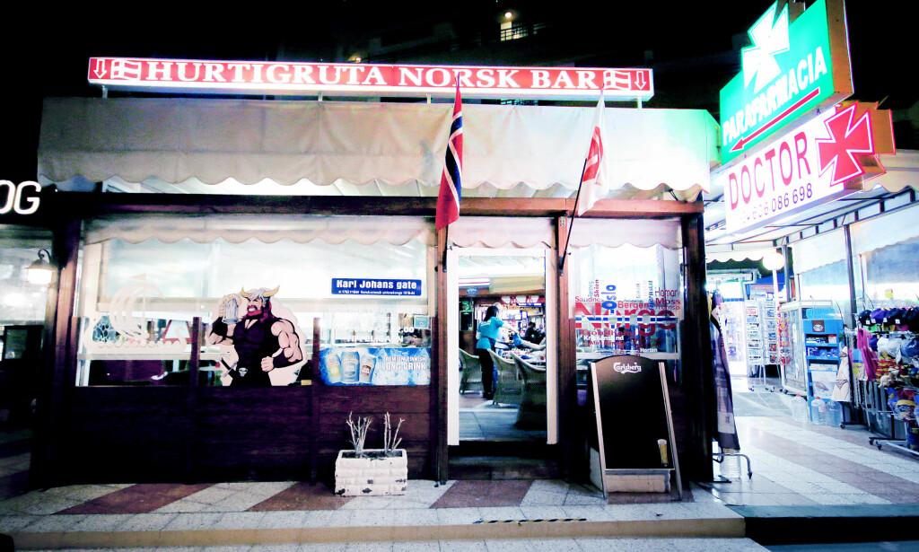 HURTIGRUTA - I SPANSK VERSJON: Denne baren har huset norske gjester siden 1989. Foto: Ole Petter Baugerød Stokke