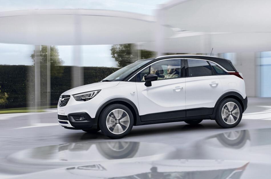 NY FOLKESUV: Opel Crossland X går inn i det som i dag er det viktigste markedssegmentet i Norge og Europa med et søsken til den aldrende Mokka - og det er ikke hele historien. Foto: Opel