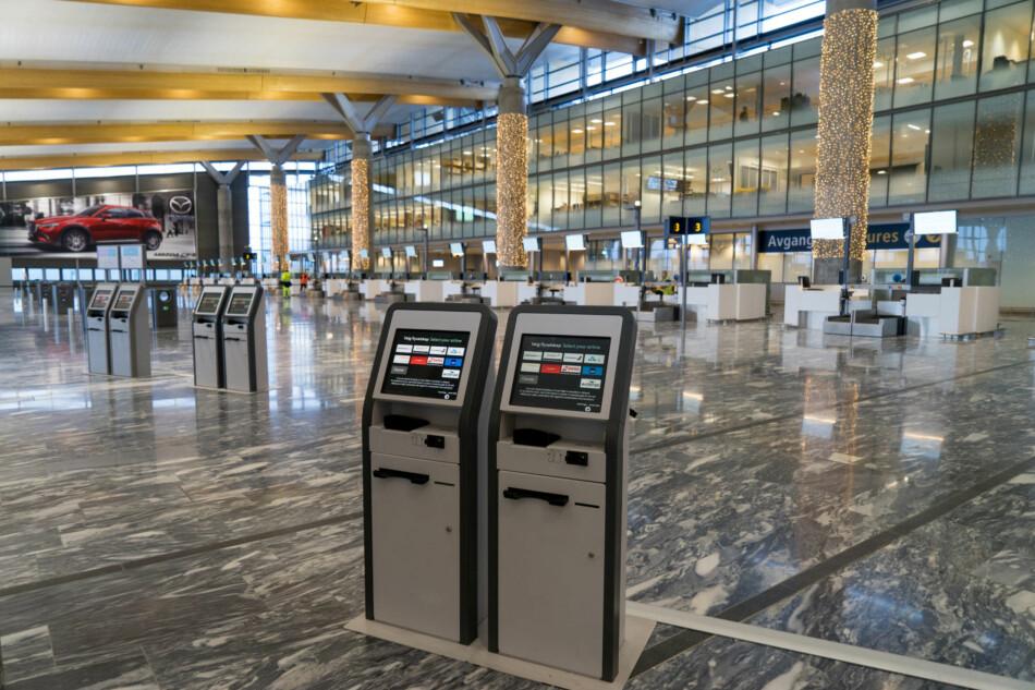 KLAR FOR AVGANG: Den nye avgangshallen på Oslo Lufthavn er nå i full drift, og betyr at du som skal ut å reise fra Gardermoen må passe ekstra godt på! Foto: Per Ervland