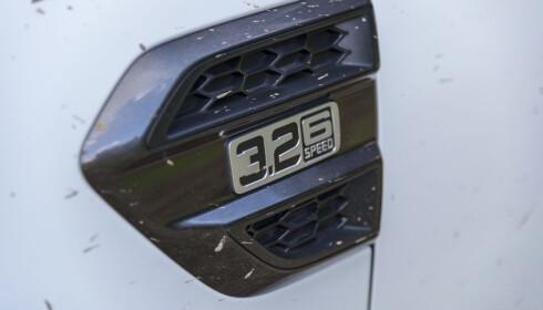 STERK, MEN SEIG: 3,2- literen er sterk, men ikke så spenstig som det høres ut. Forbruket er realistisk opp mot 1,0 l/mil. Foto: Jamieson Pothecary