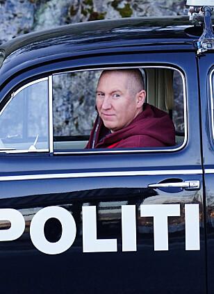 KVALIFISERT: Som tidligere ambulansesjåfør er Kristian Gelin godt egnet til å rykke ut i Bergens treigeste politibil. Foto: Paal Kvamme