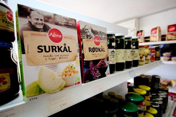 MYE NORSK MAT: Jepp, ikke noe problem om hjemlengselen blir for stor: Det er mye norsk mat å få kjøpt i butikkene på Gran Canaria. Foto: Ole Petter Baugerød Stokke