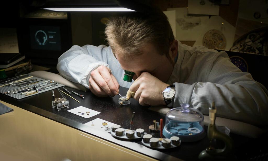 VIKTIG SERVICE: Jevnlig sjekk hos urmaker er anbefalt. Foto: Tidssonen.no
