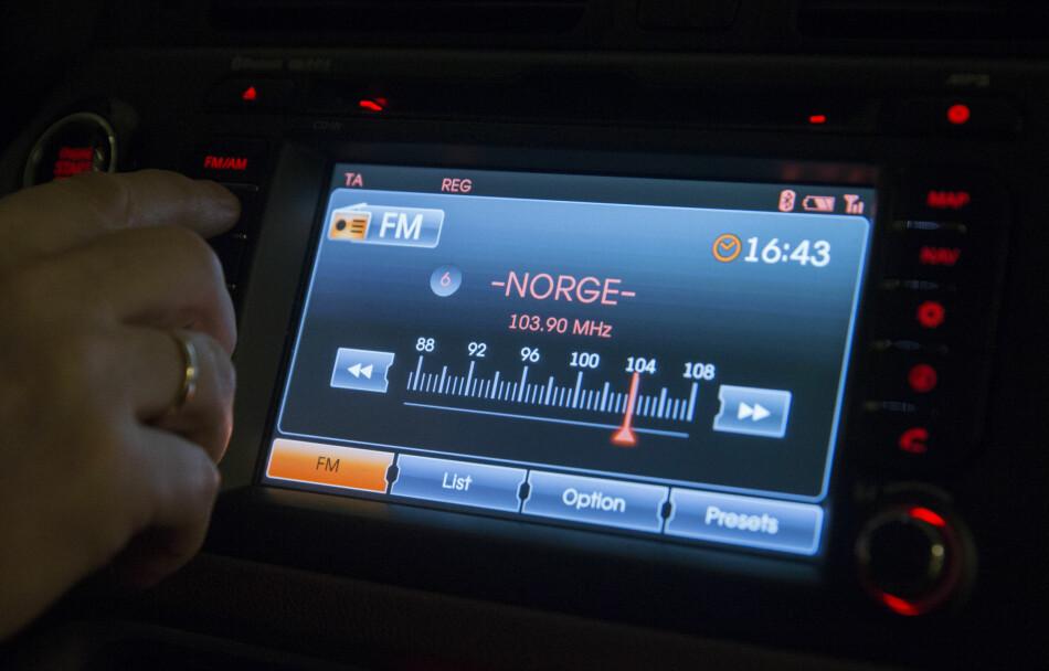 SLUTT PÅ FM? Nei, FM-nettet skrus ikke av, det er kun endel av FM-sendingene som går over på DAB eller DAB+. Foto: Berit Roald / NTB scanpix