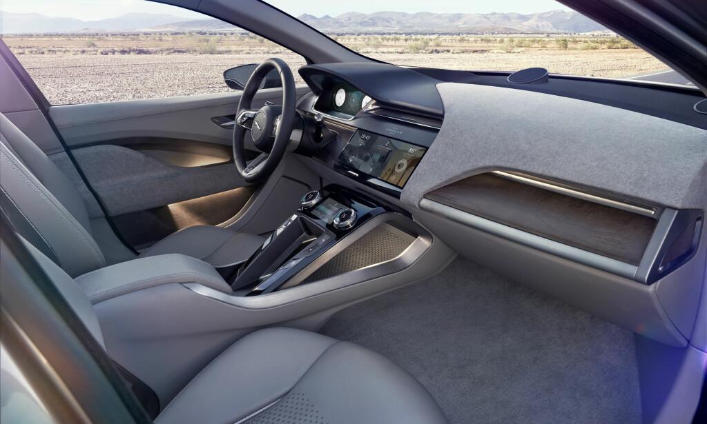 NYTT DESIGNSPRÅK: Den elektriske Jaguaren er utviklet fra bunnen av, og skiller seg kraftig fra de øvrige bilene fra produsenten. Foto: Jaguar