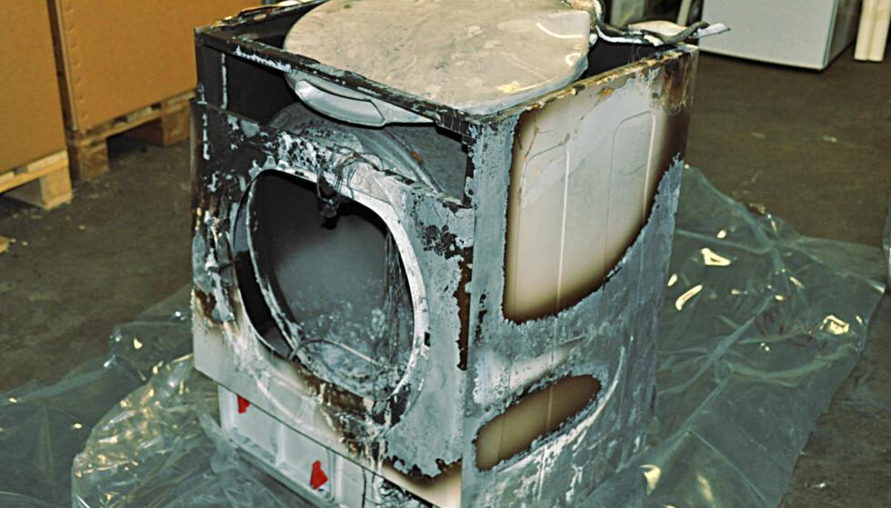 BRANT OPP: Denne tørketrommelen fikk en ublid skjebne. Og i etterkant var leverandøren lite samarbeidsvillig. Foto: Tore Neset