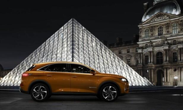 PREMIUM-KOMPAKT: Større enn en BMW X1, men mindre enn en X3 - DS skaper nesten sin egen størrelsesmessige nisje med 457 centimeter lange DS 7 Crossback. Foto: DS