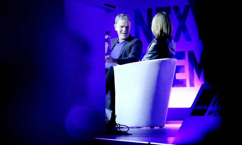 NETFLIX-SJEF: Reed Hastings ble intervjuet av BBCs Francine Stock under Mobile World Congress i Barcelona. Foto: Ole Petter Baugerød Stokke