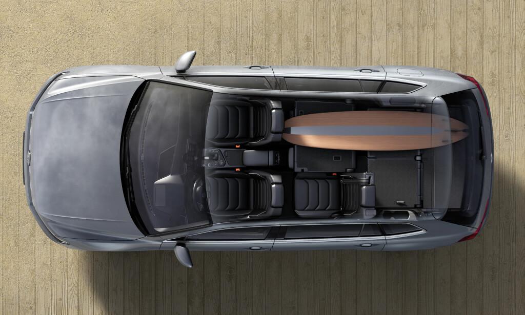 MULIGHETER: Et eksempel på konfigurasjon av 5+2-setersversjonen. Foto: Volkswagen