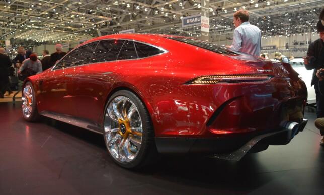 «SENSUELL RENHET»: Det er navnet på designfilosofien som ligger bak formspråket til Mercedes-AMG GT Concept, ifølge den tyske produsenten. Foto: Jamieson Pothecary